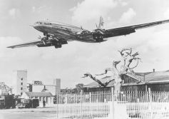 High Quality Photographic Brabazon Print: Farnborough, 1950